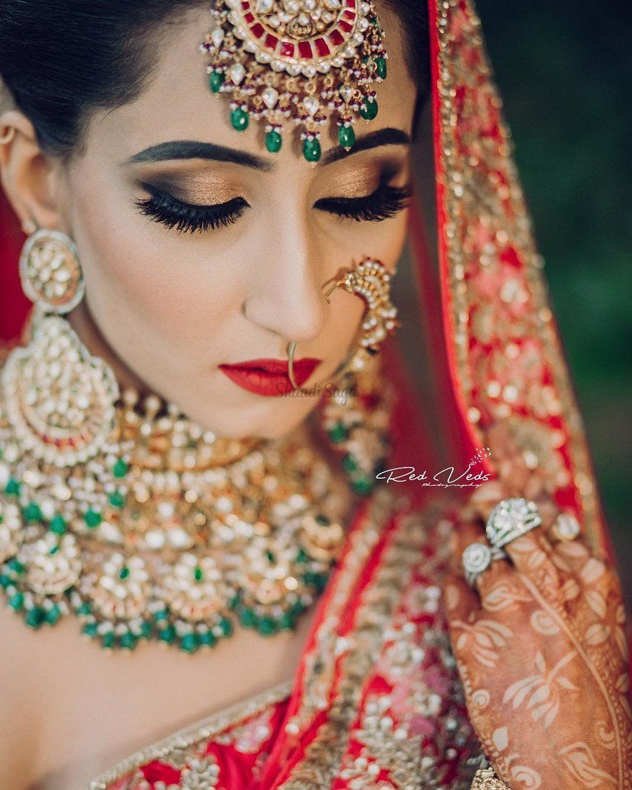 30 Bridal Makeup Ideas To Complement Your Red Wedding Lehenga