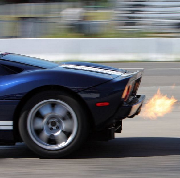 Check Out This Ford Gt Blow Out Fire