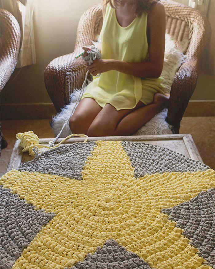 Alfombra star de trapillo en amarillo y gris - Puntos crochet trapillo ...