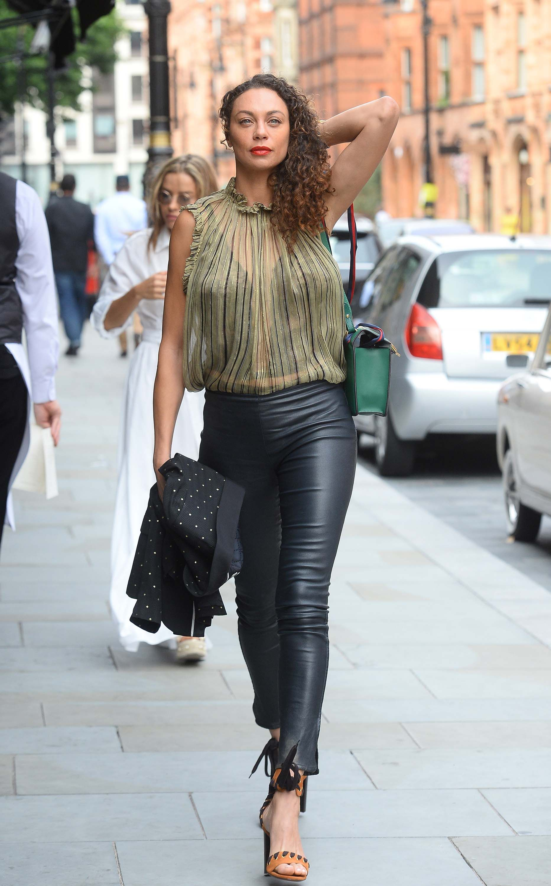 Lilly Becker Out For A Late Lunch Classy Leather Pants Lunch Outfit Leather Pants Outfit