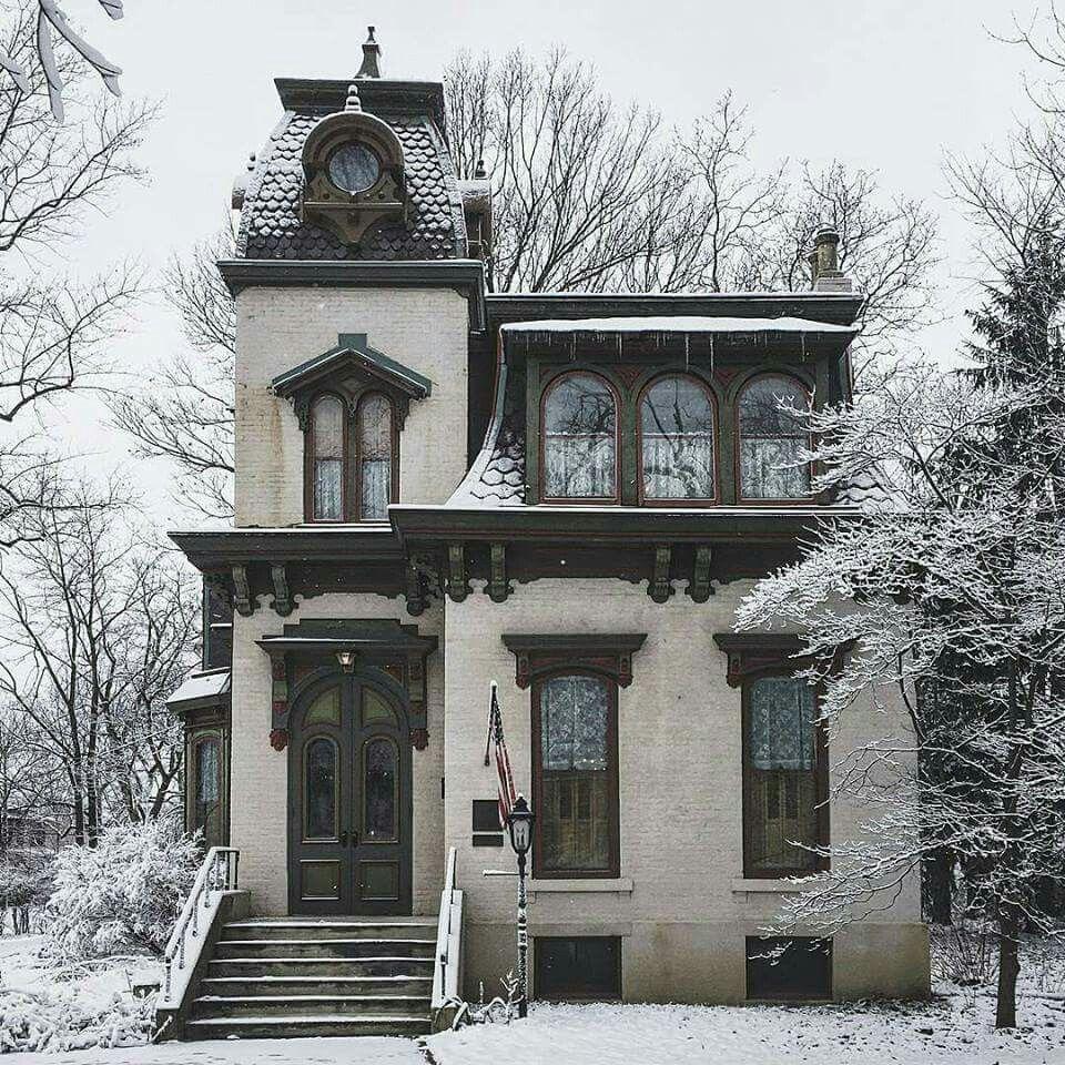 Victorian Homes Decor: The Benton House, Irvington, Indiana