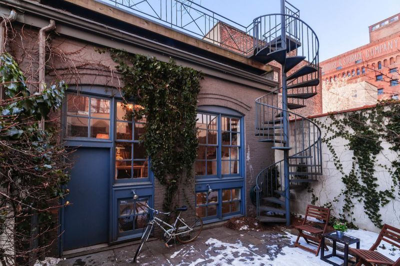 Tiny House Tour: Converted Carriage House in Brooklyn   Carriage ...