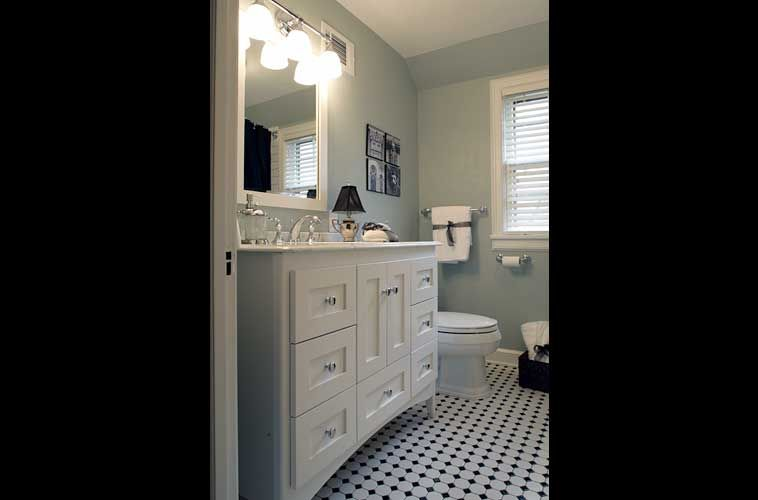 Updated 1930 39 s style bathroom for the home pinterest for 1930 style bathroom ideas