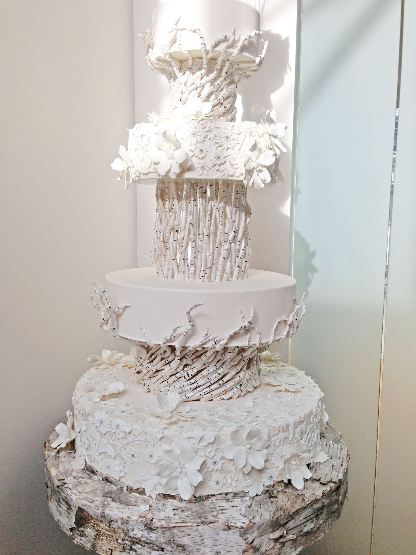 Ronbenisraelweddingcake13jpg 13601813 Wedding Cakes - Ben Israel Wedding Cakes