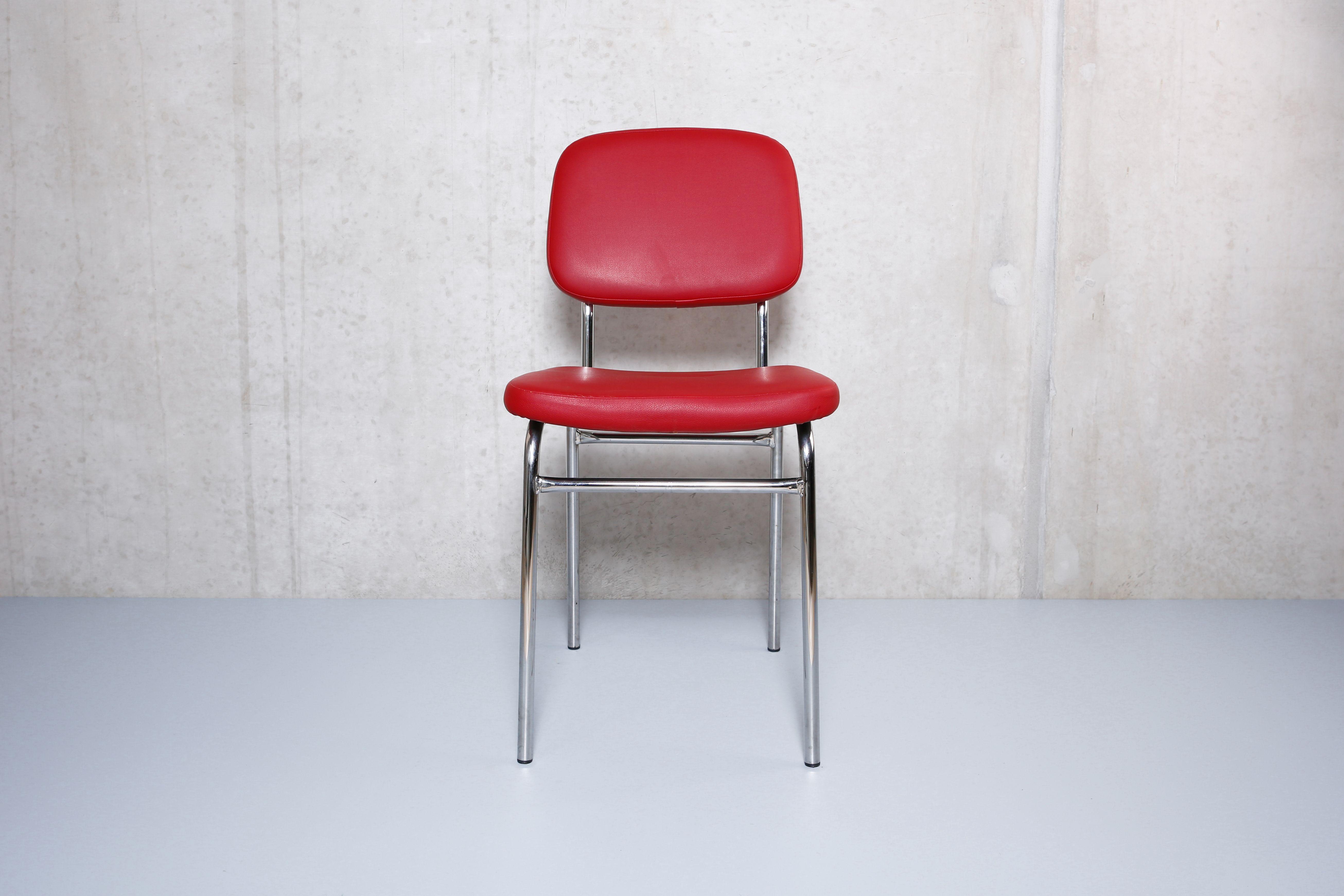 Rote Küchenstühle ~ Roter skai küchenstuhl chromgestell vintage neuwertig stühle