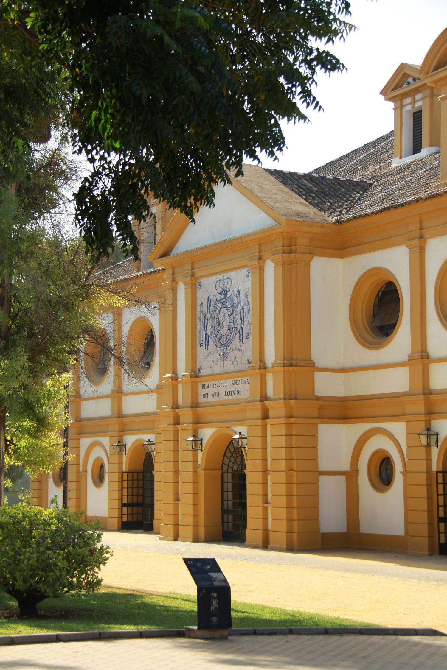 Fundacion Real Escuela Andaluza Del Arte Ecuestre 001 Jpg Paarden Spaans