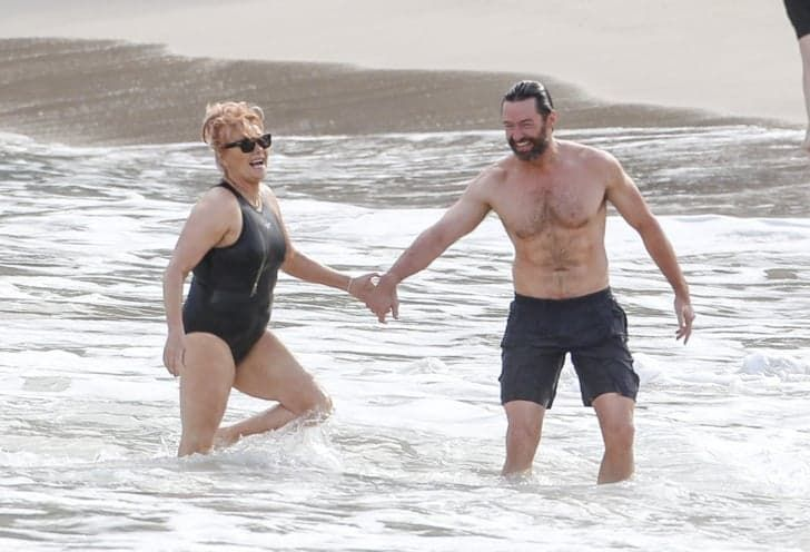 Hugh Jackman Escapes To Paradise With His Wife For Their 20th Wedding Anniversary Hugh Jackman Wife Hugh Jackman Hugh Jackman Shirtless