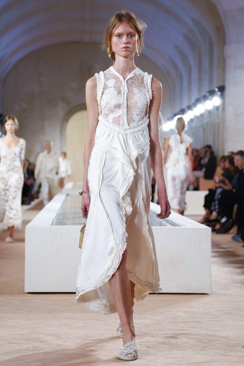 1ef57b8f028d Balenciaga Ready To Wear Spring Summer 2016 Paris - NOWFASHION ...