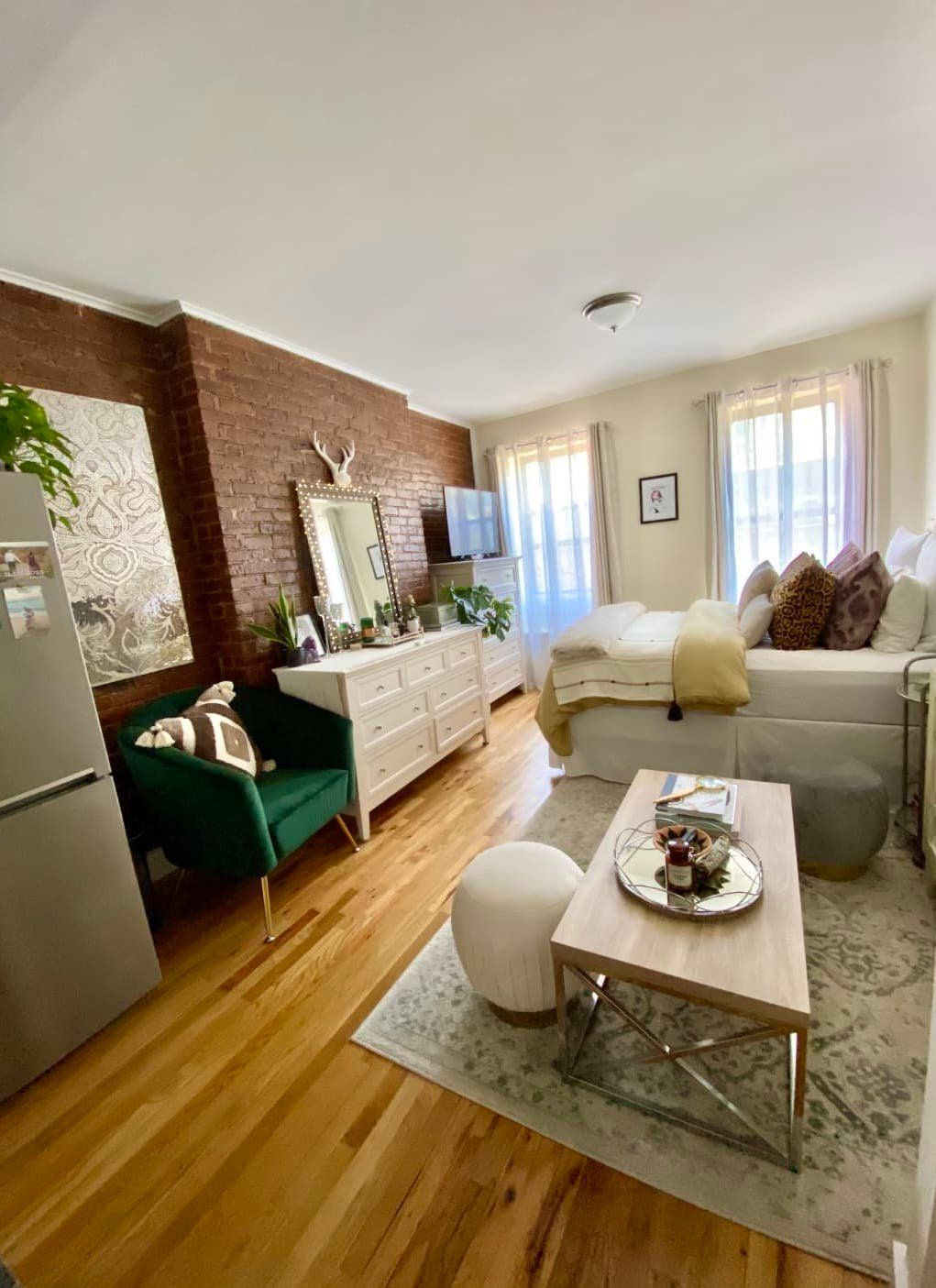 A 300 Square Foot Nyc Studio Apartment Is Like A Glam Little Hotel Room Nyc Studio Apartments Small Studio Apartment Decorating Studio Apartment Decorating