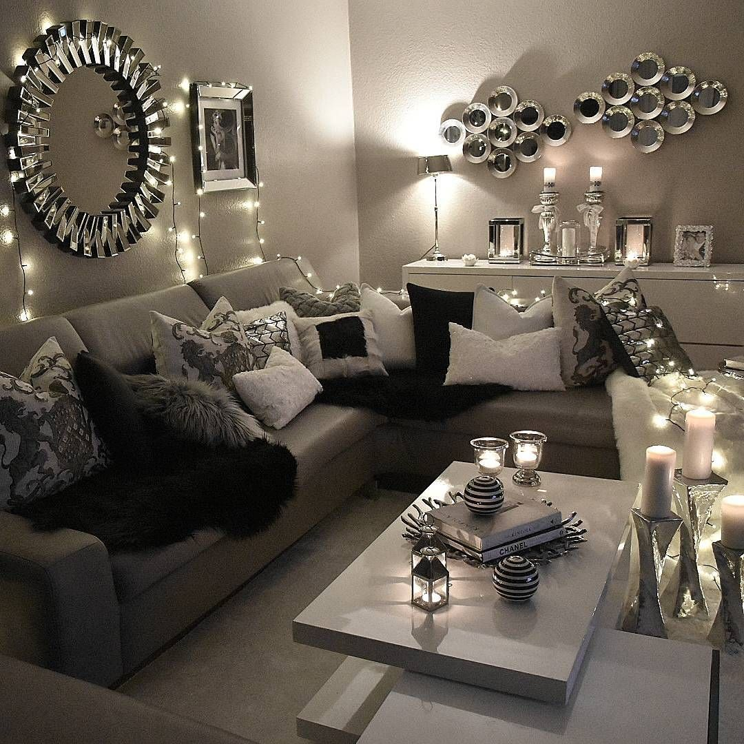 10+ Most Popular Small Glam Living Room Ideas