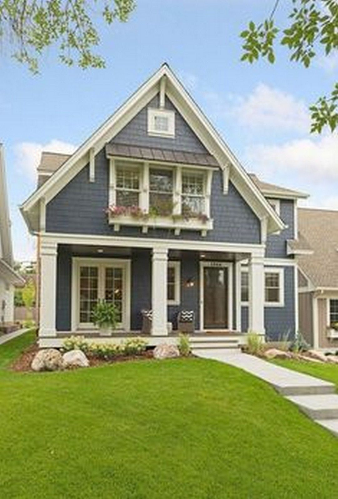 Beautiful Exterior Home Design Trends: Beautiful Farmhouse Exterior Designs To Match In Any House