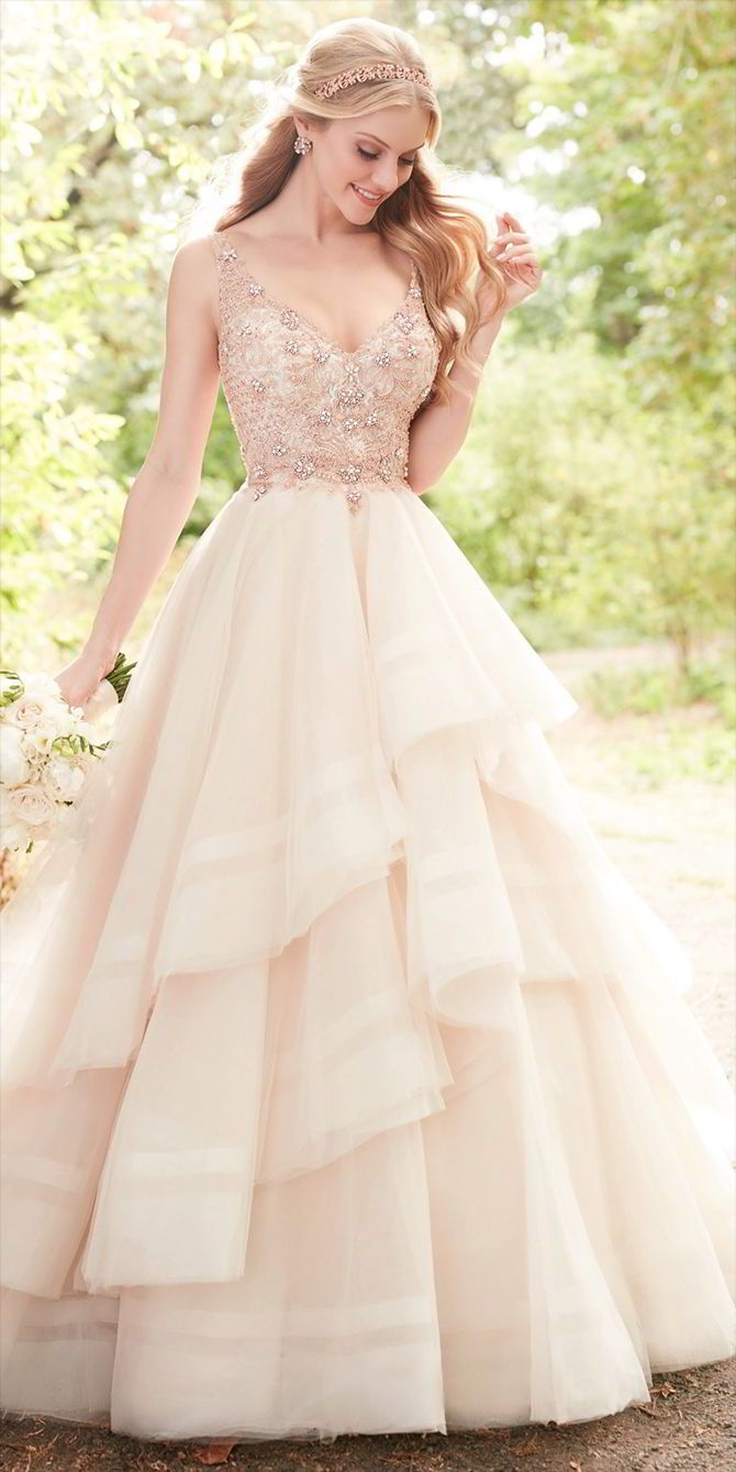 Flirty And Feminine This Pink Wedding Dress With Rose Gold Beading Is A Dream Come True For The Modern Princess Bride Bodice Of Tulle Gown