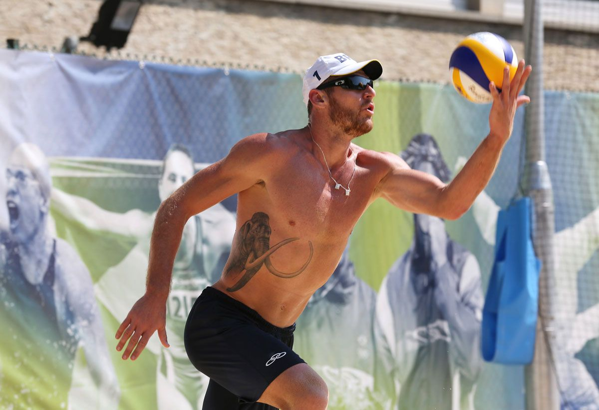Brazil S Alison Practices For The Men S Beach Volleyball Competition Beach Volleyball Olympic Champion Volleyball