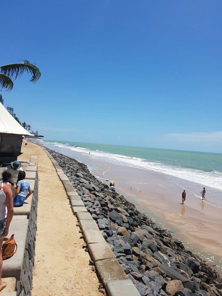 Parada obrigatória na praia de boa viagem - Pernambuco