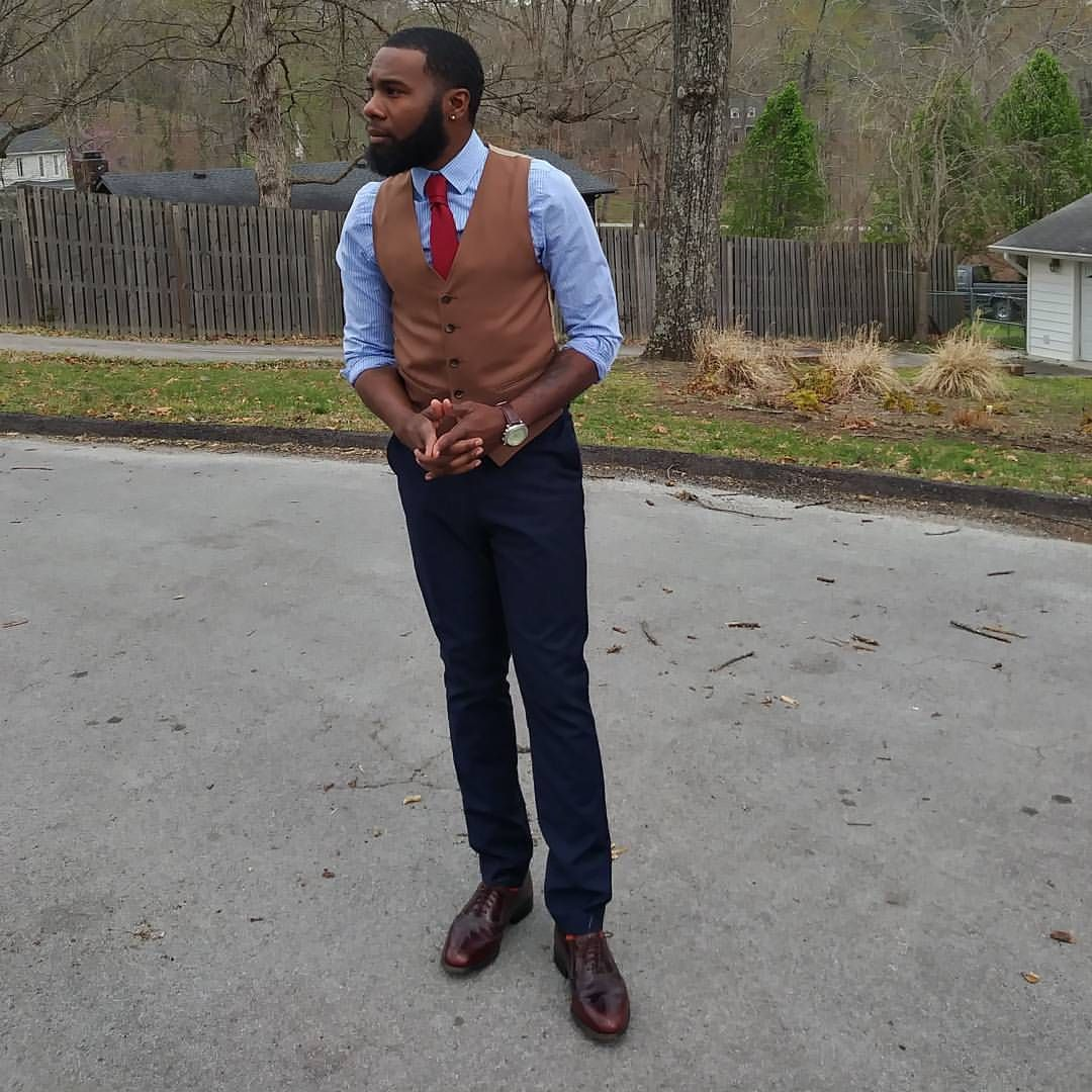 Dapper Monday!!! Let Dre Style You . . . . . #dapper #MensFashion #Fashion #Style #vest #menstyle #blackMenfashion #blackmenstyle #blackfashion #blackstyle #stylist #OOTD #fashionista #styleblogger...