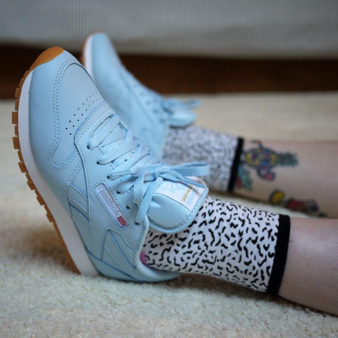 Suministro Reembolso oriental  Baby blue Reebok Classics with gum soles | Reebok classic, Reebok classic  sneakers, Sneakers blue