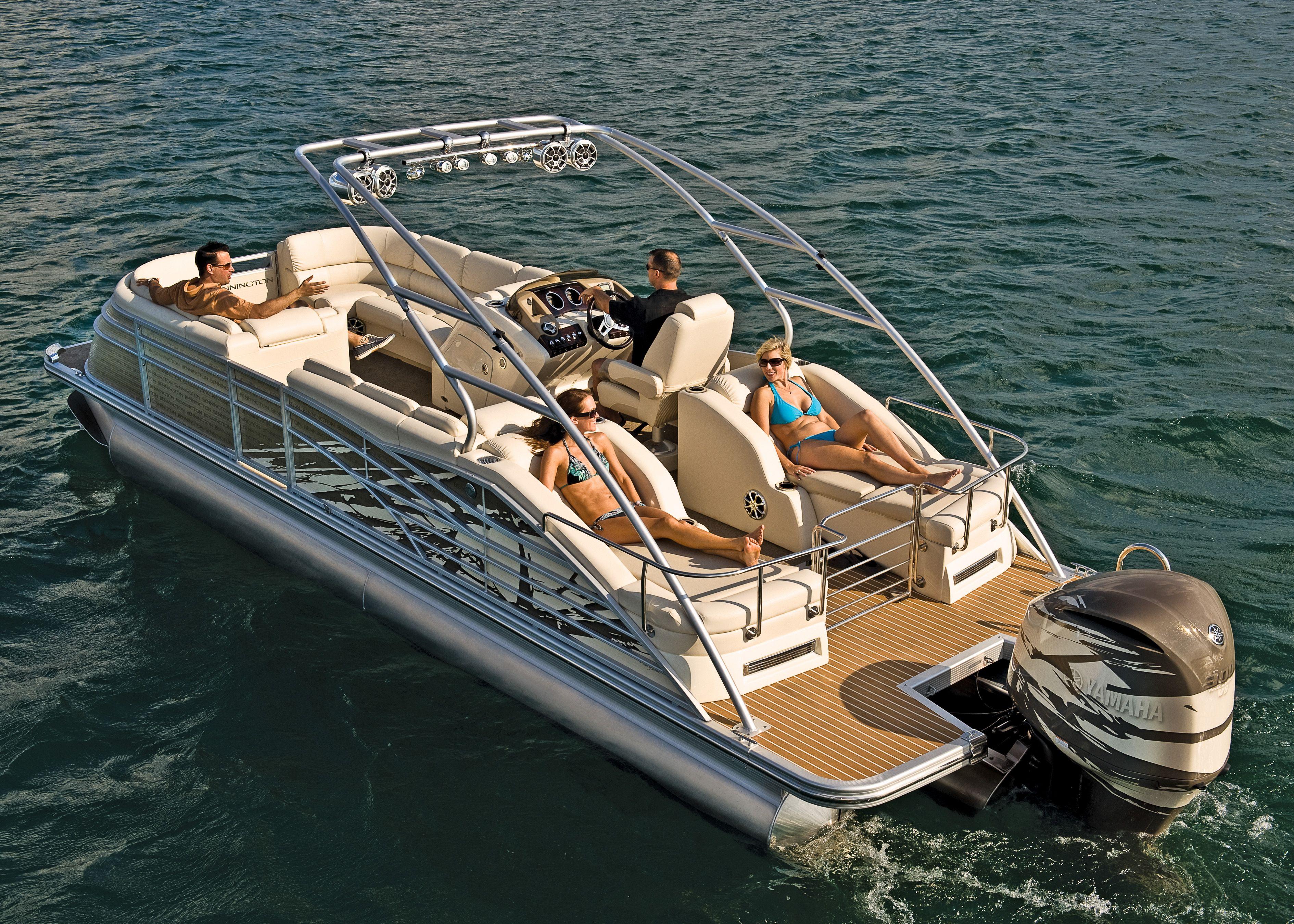 2012 bennington q25 pontoon boat from bennington pontoon great for sunnyday boating  [ 3780 x 2700 Pixel ]