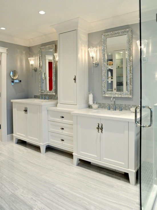 Style For The Girls Jack And Jill Traditional Bathroom Design Pictures Remodel Decor And Glamorous Bathroom Traditional Bathroom Glamorous Bathroom Decor
