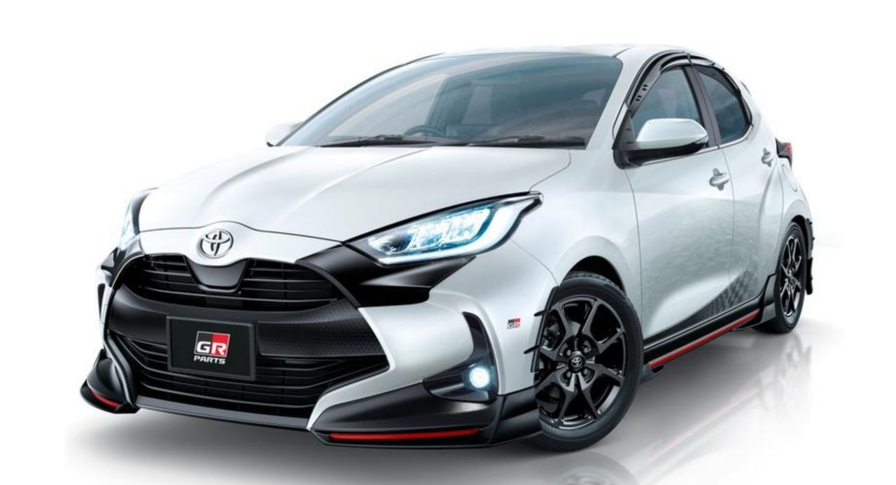 2020 Toyota Yaris Receives Dynamic Trd Posh Modellista Makeovers For Tokyo Carscoops Yaris Toyota Toyota Avensis
