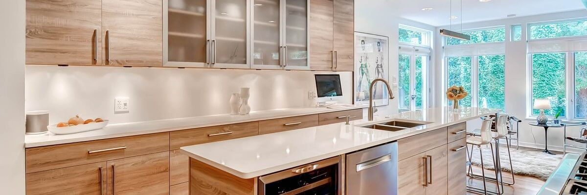 Modern Kitchen Cabinets Are Distinctive By Their Appearance And Functionality They Follow A Minimalist Modern Kitchen Cabinets Modern Kitchen Kitchen Cabinets