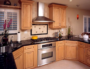 Transitional Kitchen with Wall Oven and 36-inch Gas Cooktop ...
