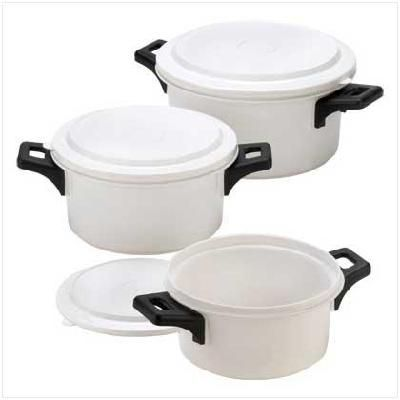 Generously Sized Containers Are Made To Handle A Variety Of Microwave Cooking Cs Snap On Lids Keep Leftovers Nice And Fresh