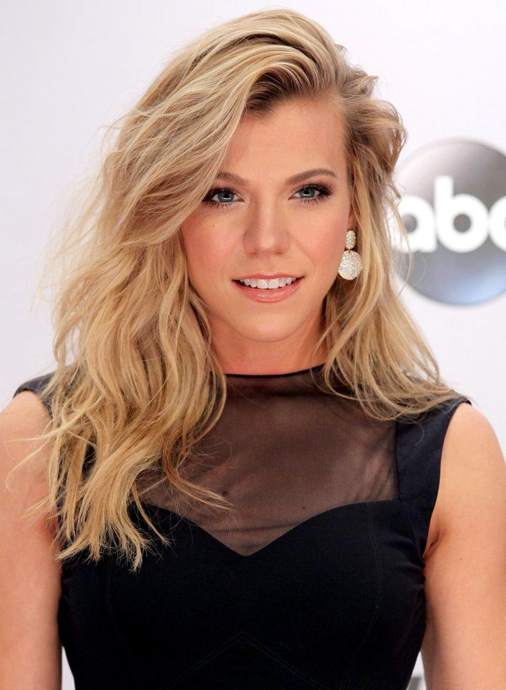 Kimberly Perry Posts The Band Perry Daily The Band Perry