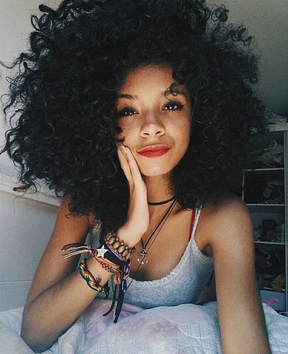Learn how to achieve the best natural hairstyles for curly ...