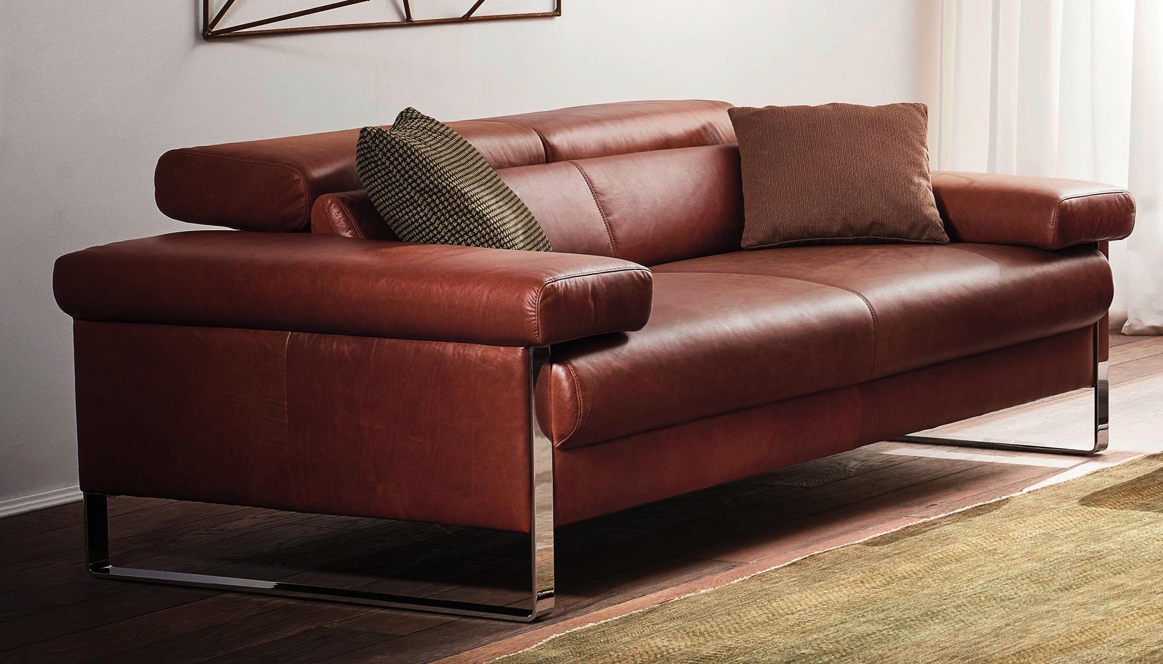 Ein Sofa Das Dich Auf Zeitreise Mitnimmt Dank Seiner Farbe Und