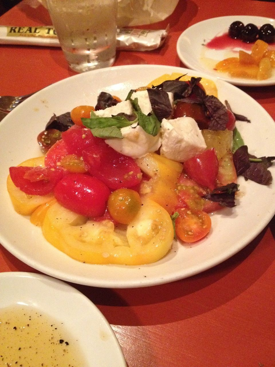 Caprese Salad Otto Enoteca Pizzeria In New York Ny Italian Restaurant Nyc Restaurants Eat