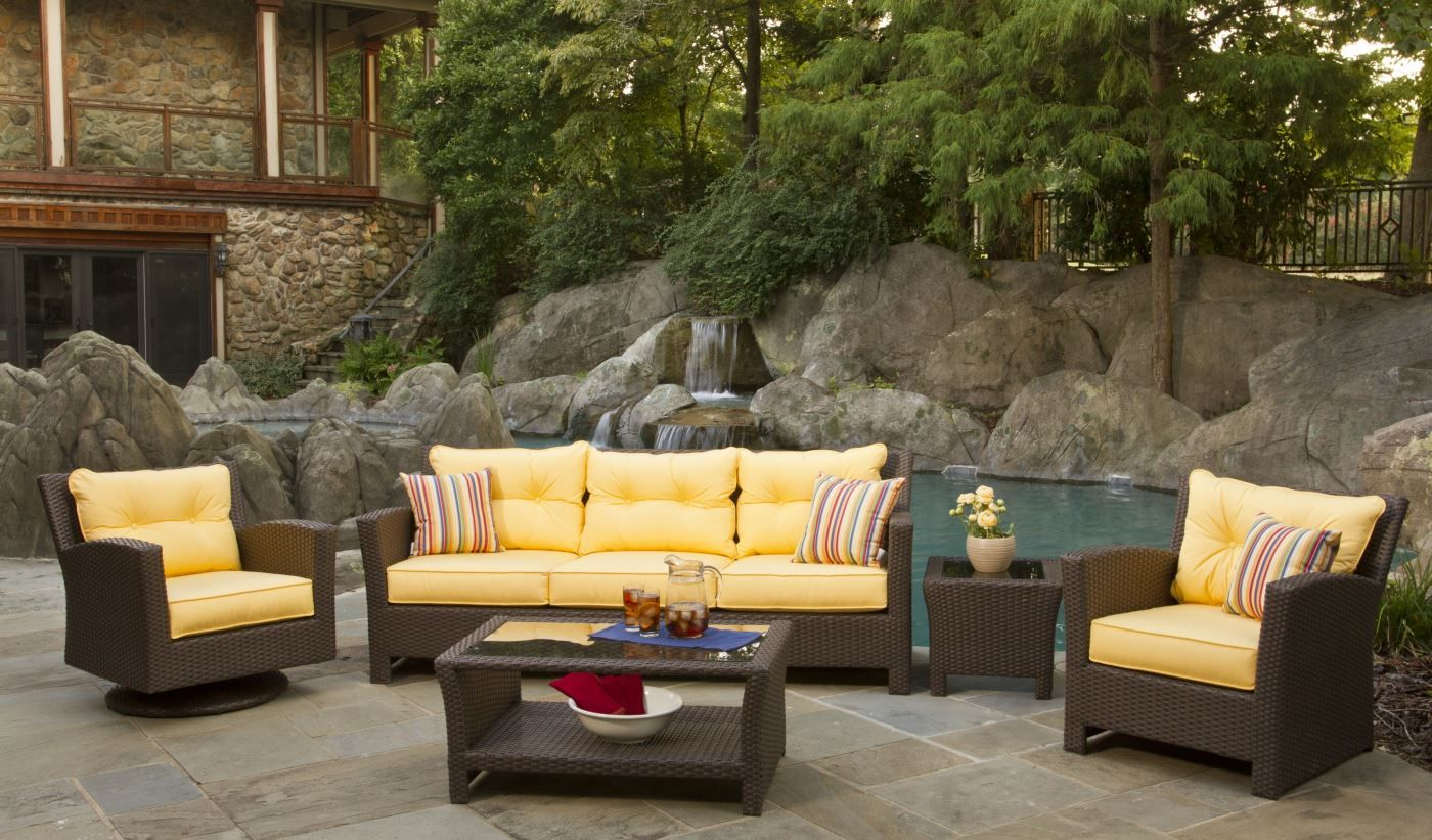 Pinterest & Comfortable Patio Furniture Sets | Patio Ideas | Outdoor wicker ...
