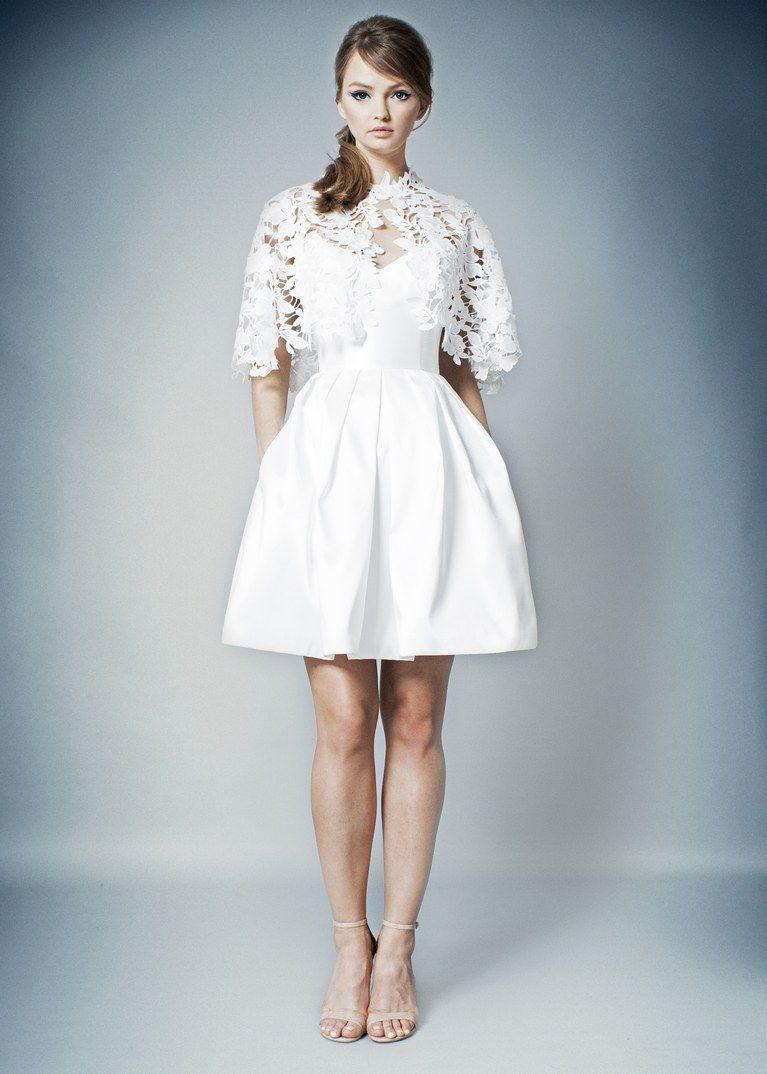 18++ Wedding dresses for short brides with big hips information
