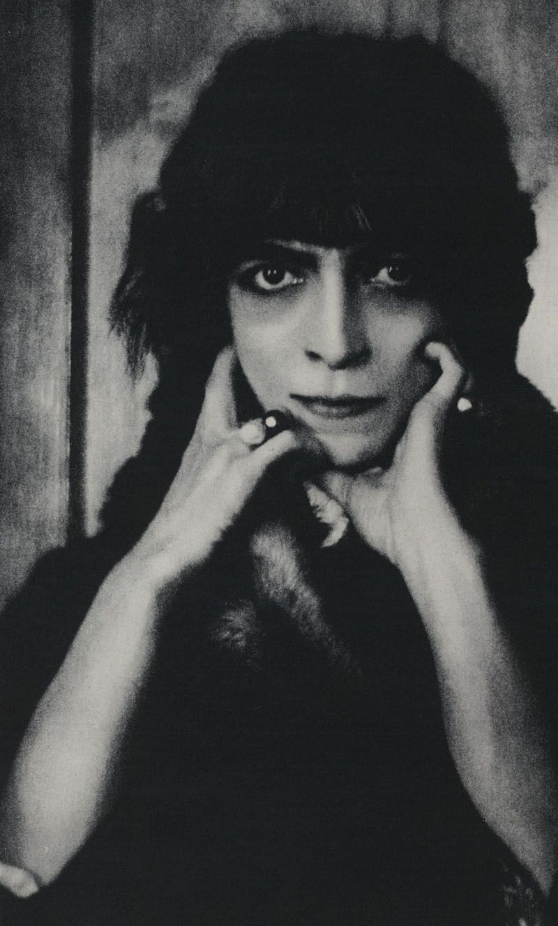 Luisa Casati | One of Baron de Meyer's photographs of Luisa Casati, 1912. Found in ...