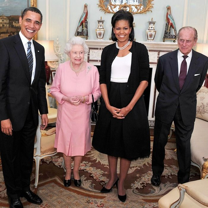 Barack and Michelle Obama\'s photos with Queen Elizabeth, Prince ...