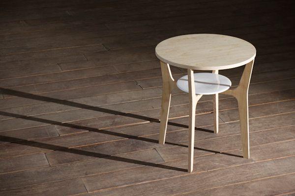 Contemporary Nort Table Modern Design