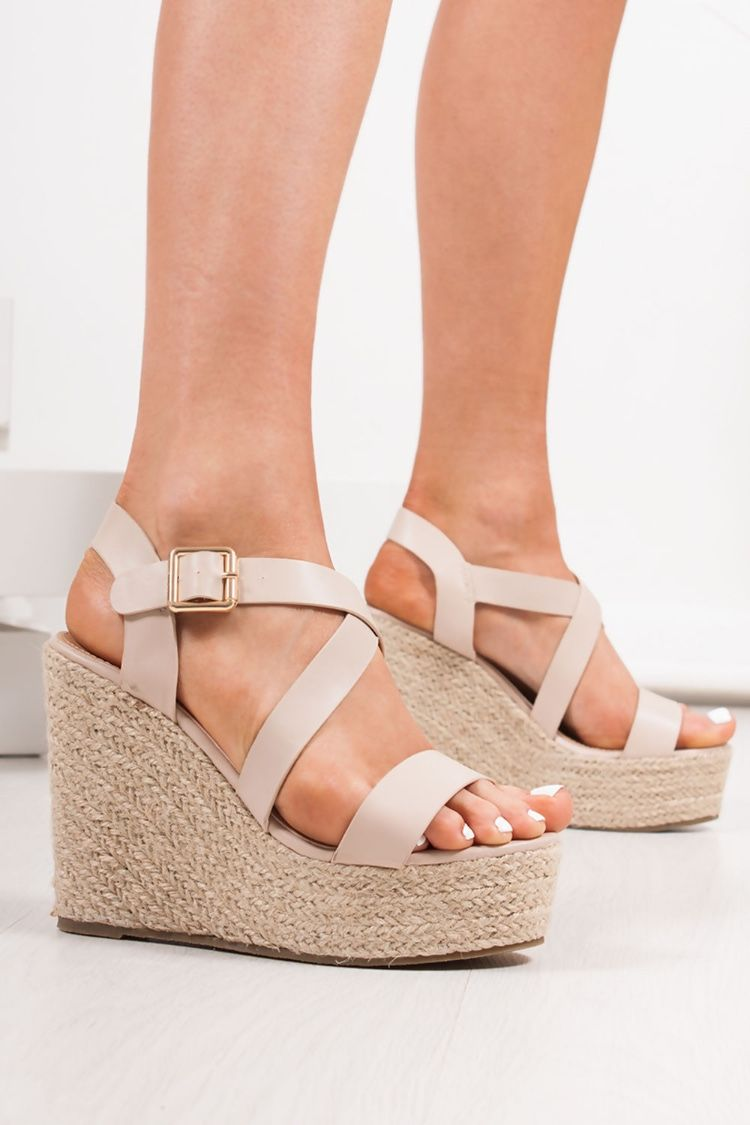 a060e092d01 ZARA Nude Strappy Espadrille Wedges in 2019 | Summer Shoe Stylin ...