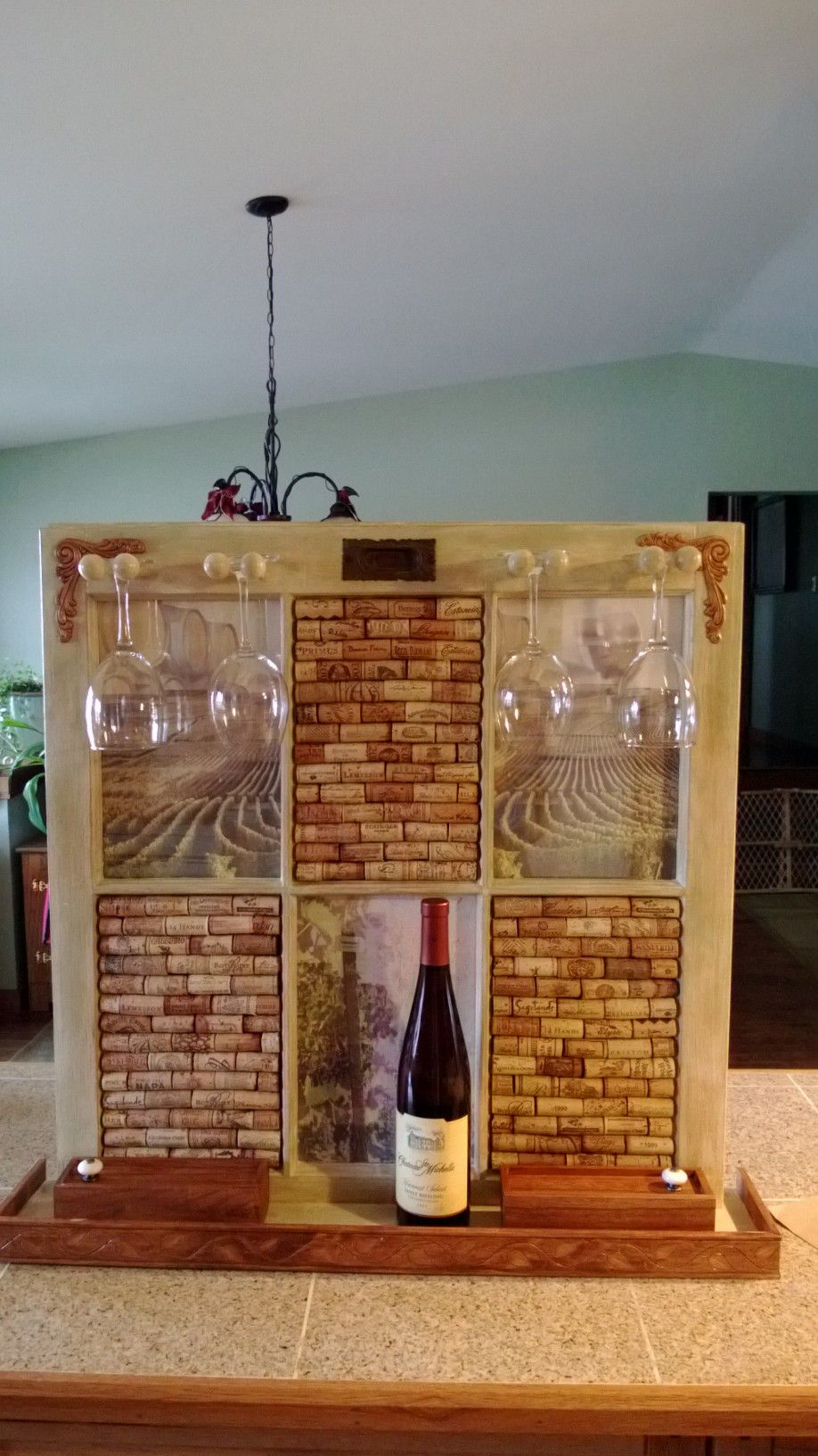So much for just cork board idea that went right out of the window diy corchos y cajas de - Manualidades con corchos ...