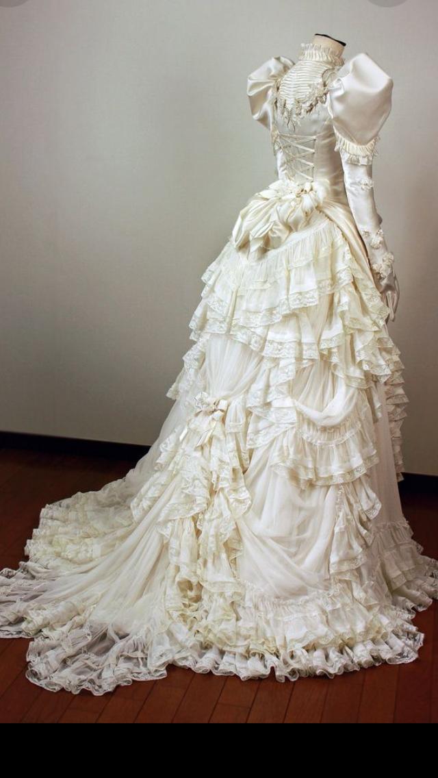 8132f829ec1 Wedding dress