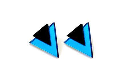 FREE SHIPPING Blue Mondo Earring. $28,00, via Etsy.