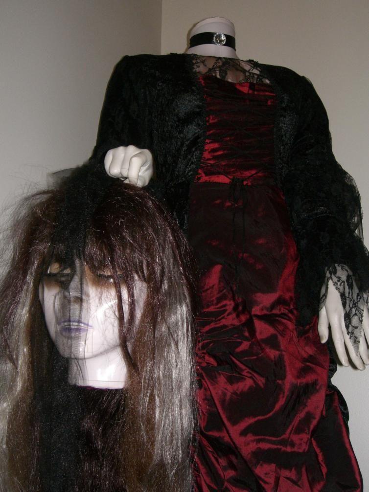 "Indoor Halloween Decorating Ideas   TO SERVE MAN "" ... IT'S A COOKBOOK!"""