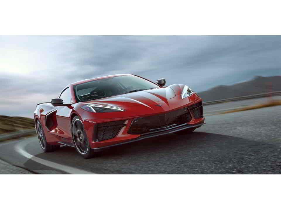 شيفروليه كورفيت 2020 الجديدة هى سيارة رياضية مبهجة تتحول قيادة يومية مريحة بلمسة زر تحتوي على مقص Chevrolet Corvette Stingray Chevy Corvette Chevrolet Corvette