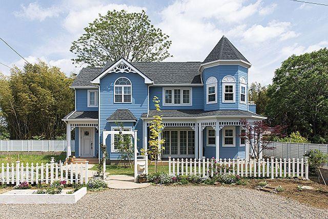 青が特徴の洋風な外観 不二建設 施工事例 女性設計士と憧れを叶え