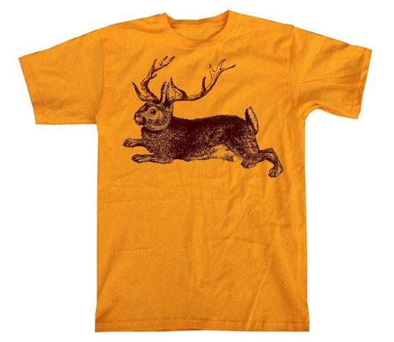Mens Gold JACKALOPE Shirt Wild Mythical Woodland Creature T-Shirt. Franelas RemeraCamisetasFamilia ... 3c6724146db6f