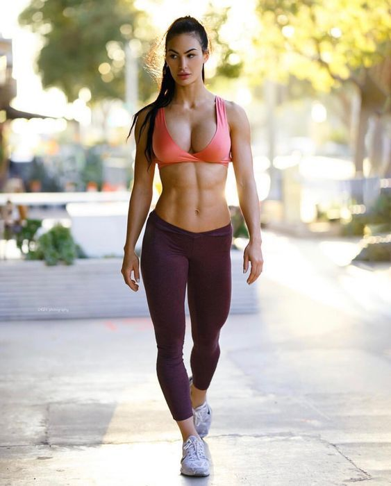 Pin on amazing fit girls with abs