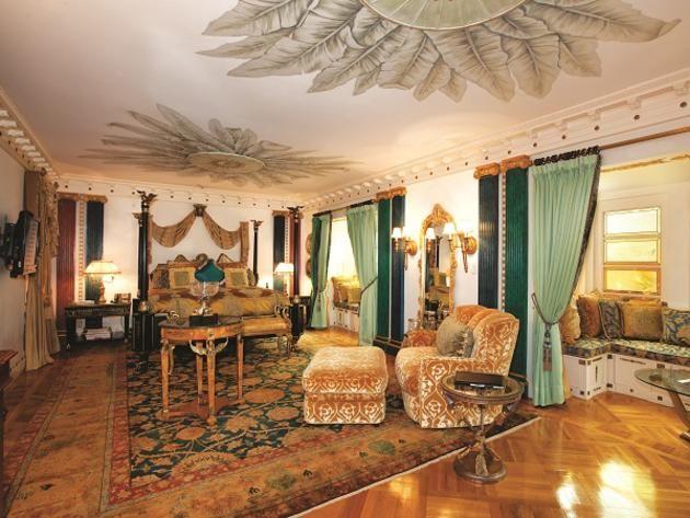 Schlafzimmer Versace ~ Former #versace mansion bedroom u003eu003e http: www.frontdoor.com photos