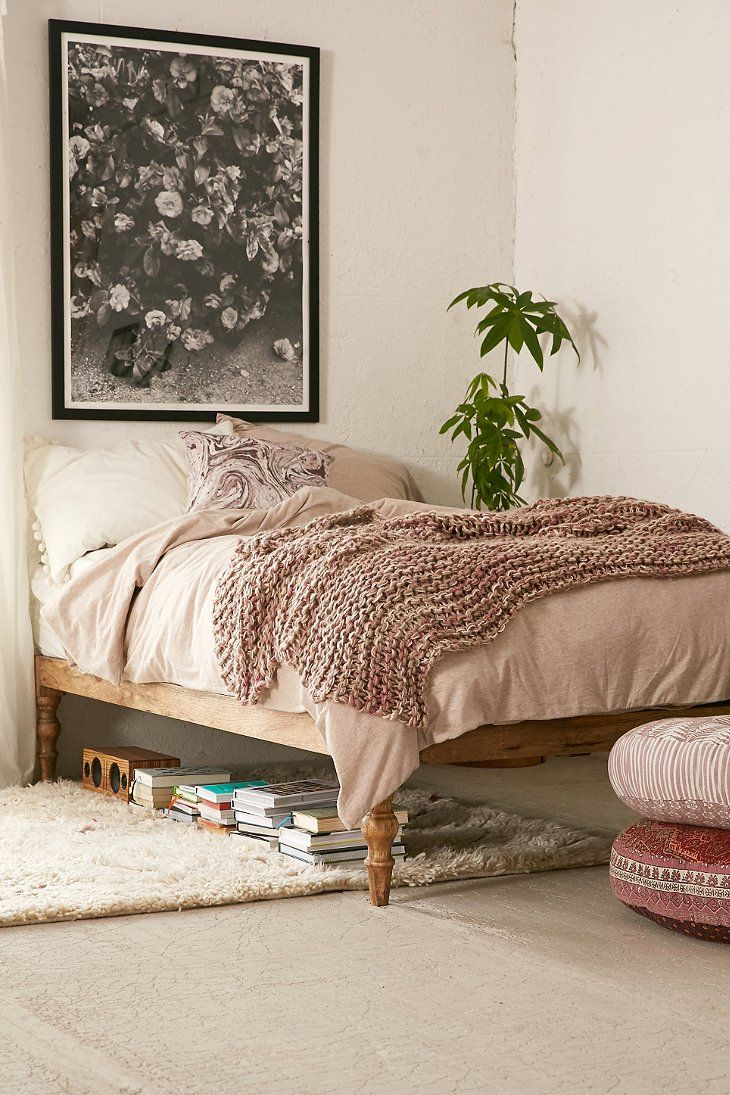 Bohemian Platform Bed Urban Outfitters In 2020 Bedroom