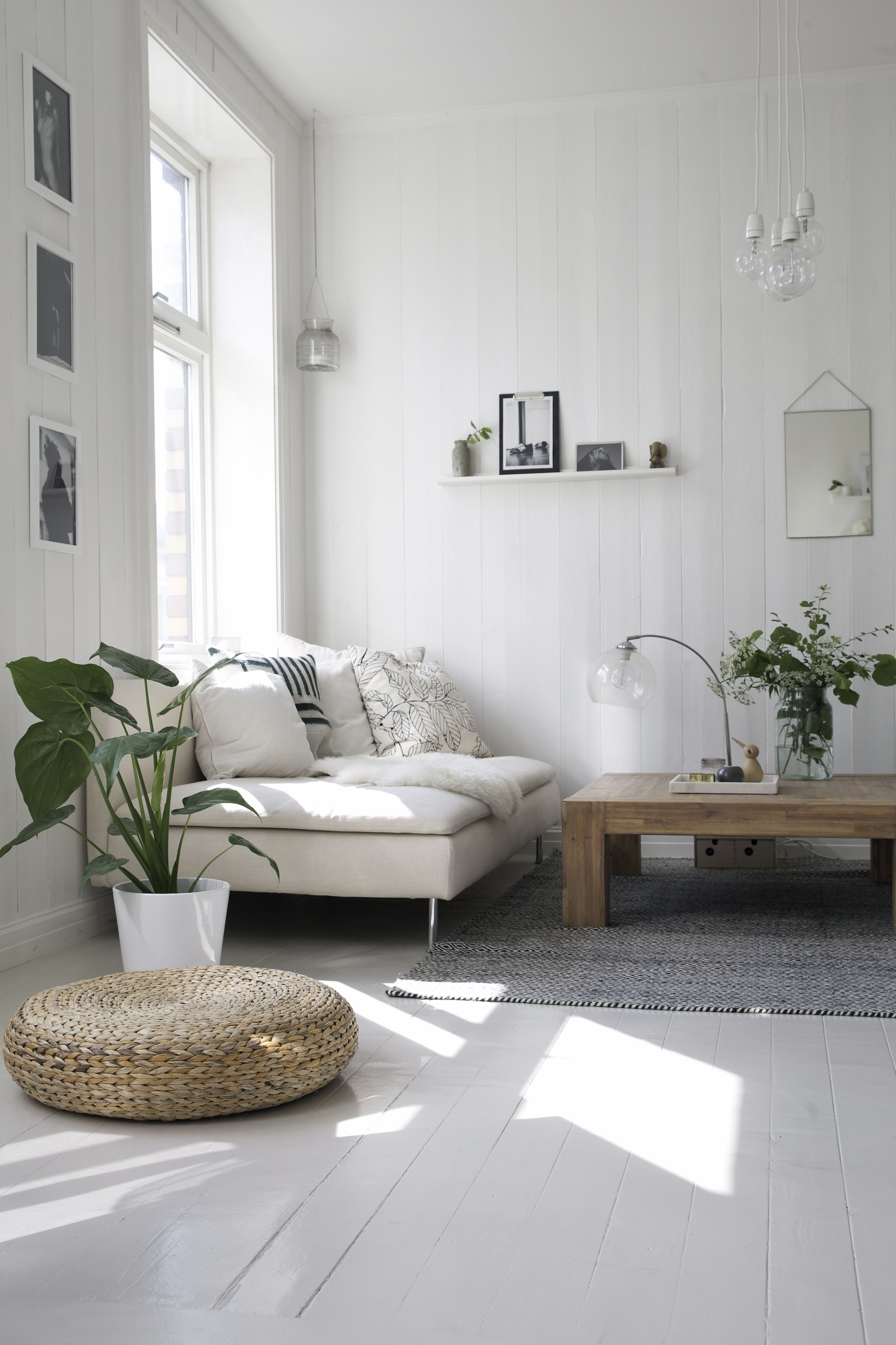 Natural Color Living Room Not Good For My Life But Absolutely Love All White Rooms With Just