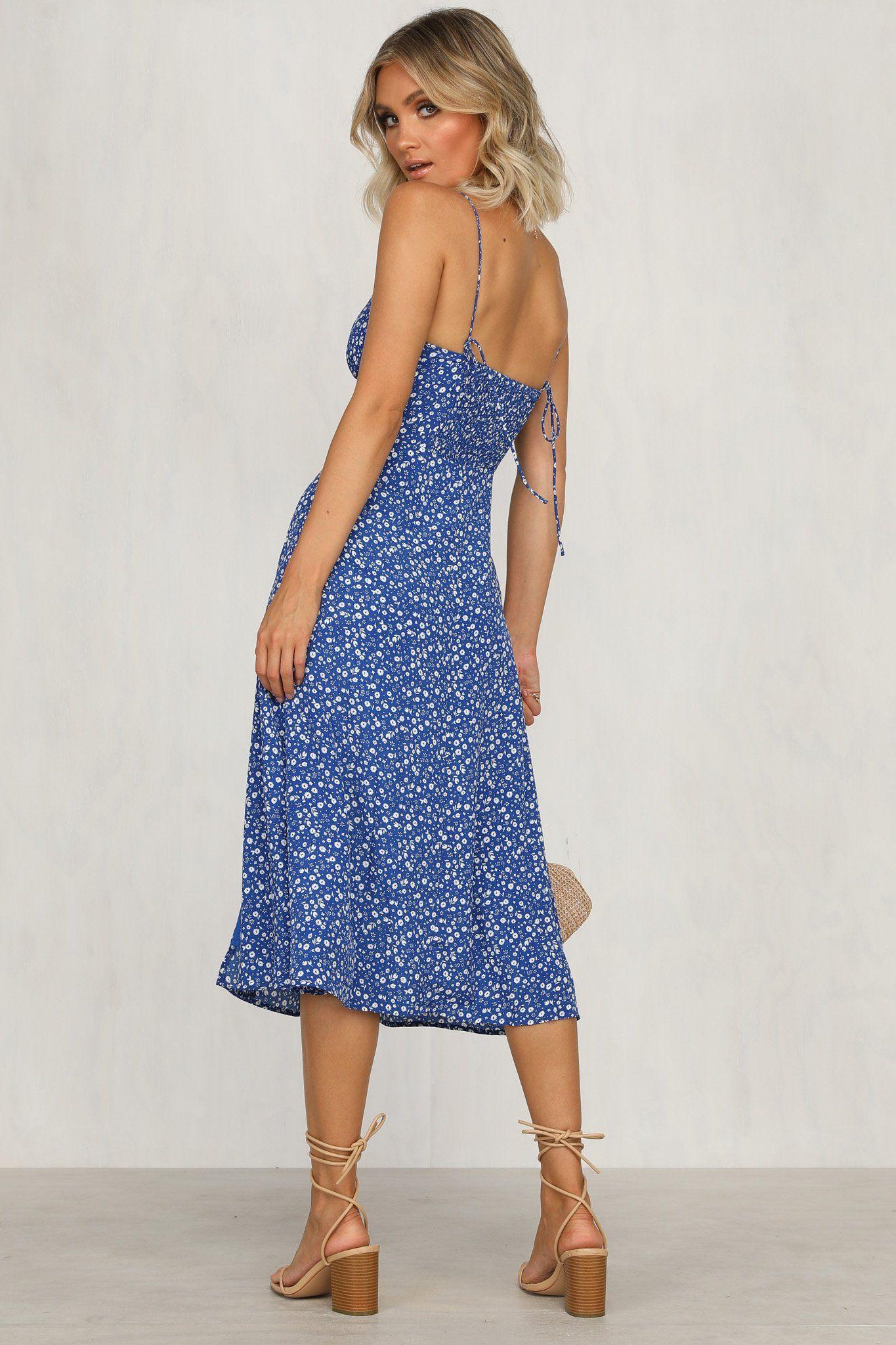 Summer Sun Dress Blue Floral Runwayscout In 2020 Sundress Dresses Blue Dresses [ 2048 x 1365 Pixel ]