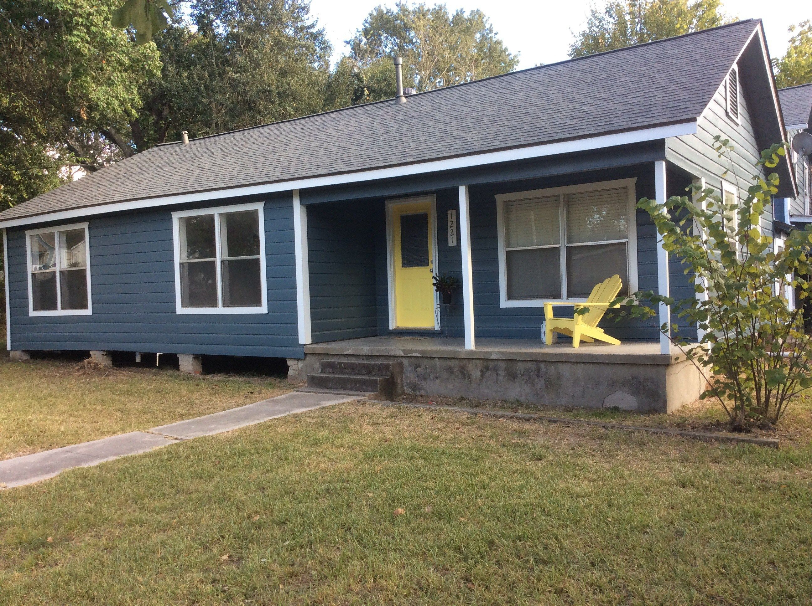 Sw Slate Tile Exterior House Color House Exterior House Colors