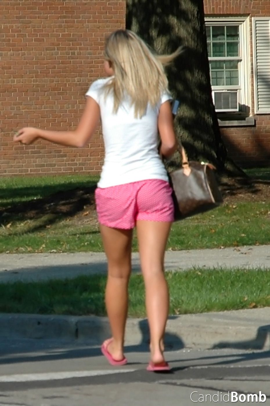so pink, so tight! | candid college girls | pinterest | college girls